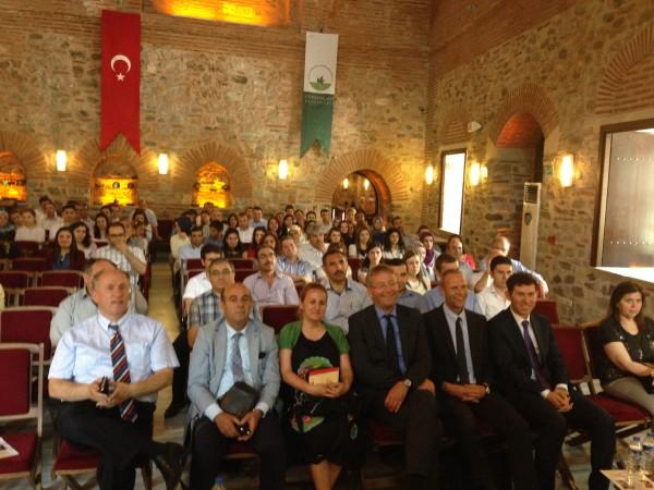 Treffen mit Schulleitern und neu eingestellten Lehrkräften in Bursa - Auditorium